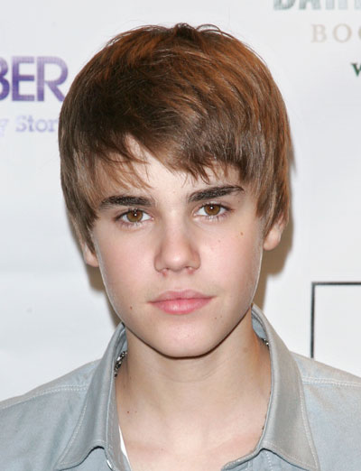 http://gatorfan22.edublogs.org/files/2011/02/1129-justin-bieber-new-haircut_bd-1smnkpf.jpg